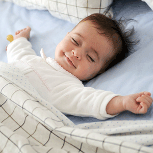 Máy lạnh - điều hòa không khí nào dùng tốt cho người già và trẻ nhỏ